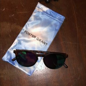 Foster Grant Polarized Sunglasses